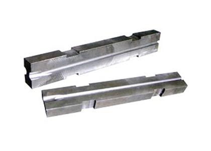 精轧机导槽